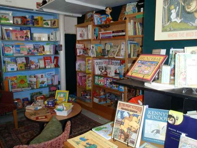 JP Junior bookshop_2